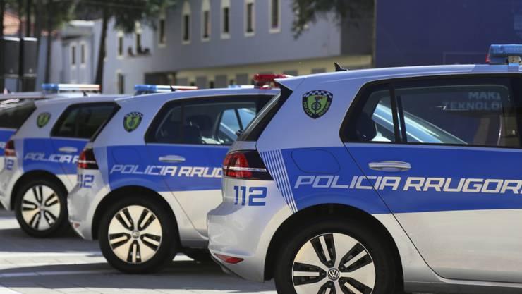 Die Polizei in Albanien gab die Festnahme von mutmasslichen IS-Terroristen bekannt. Im Kosovo kam es zu weiteren Festnahmen. (Archivbild)