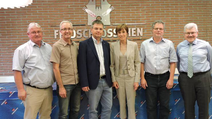 Im Bild v.l.n.r.: Markus Zemp, CVP-Präsident AG;Nationalratskandidaturen Martin Steinacher, Patrick Burgherr, Ruth Humbel-Näf (kandidiert auch für den Ständerat), Andre Rotzetter und Regierungsrat Roland Brogli.