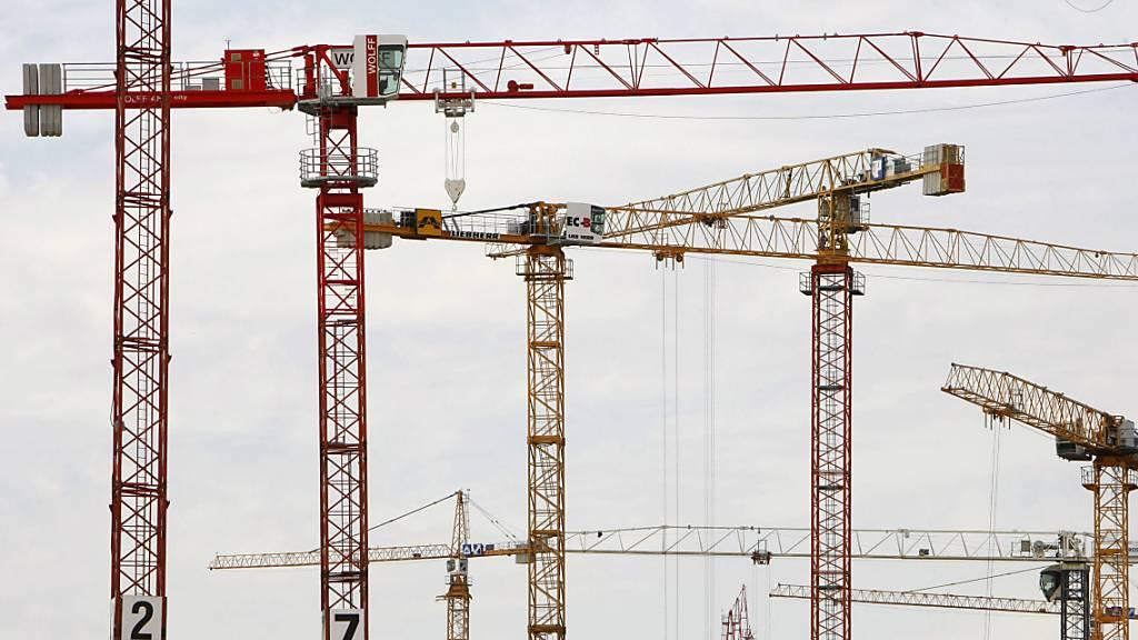 Konsum und Bauboom ermöglichen Mini-Wachstum