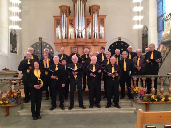 Chor Schenkenbergertal unter der Leitung von Erika Riedo