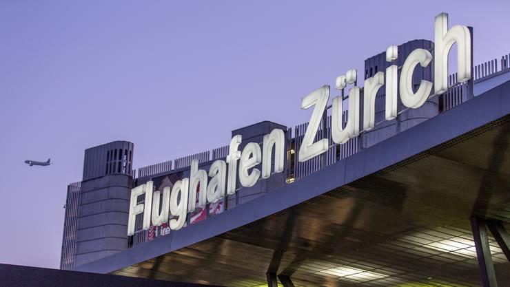 Im sogenannten Kommerzbereich des Flughafens wurde im letzten Jahr ein Umsatz von 593,8 Millionen Franken erwirtschaftet, das waren nur gerade 3 Millionen Franken weniger als im Glattzentrum.