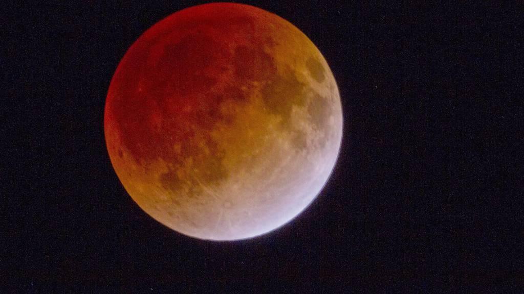 Längste Mondfinsternis des 21. Jahrhunderts