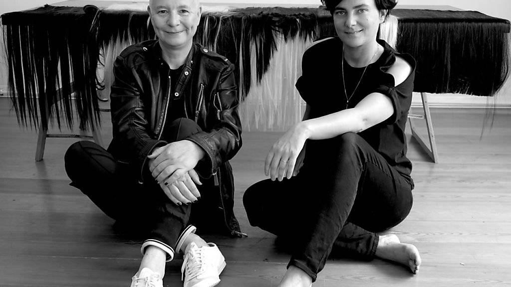 Das Künstlerinnen-Duo Pauline Boudry und Renate Lorenz bespielen an der 58. Kunstbiennale in Venedig den Schweizer Pavillon. Die Ausstellung dauert vom 11. Mai bis 24. November 2019.