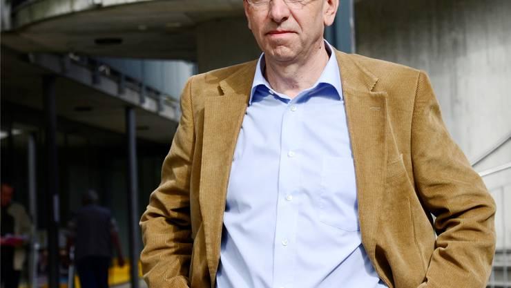 Kurt Boner, Leiter der Sozialen Dienste Oberer Leberberg, sieht sein Metier in Bedrängnis.