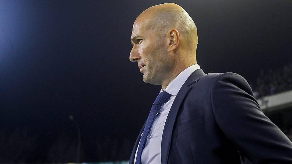 Kein erfreulicher Abend für Zinédine Zidane