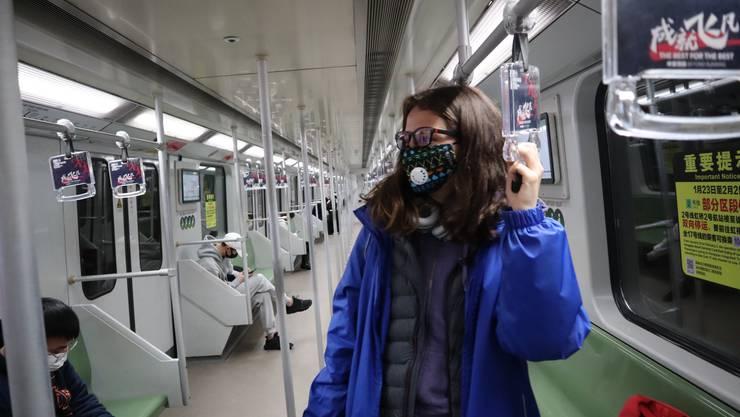 Gwendoline Flückiger ist am 27. Januar quasi alleine in einer U-Bahn in China unterwegs.