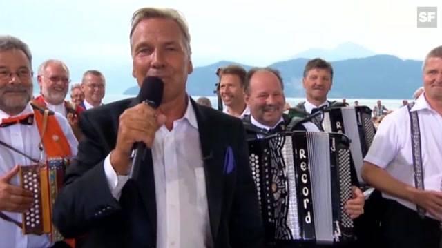 Moderator Kurt Zurfluh tot
