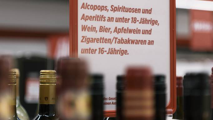 Alkohol und Tabak: Testkäufe zeigen weniger Verstösse
