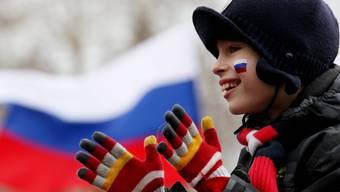 Ob Jung oder Alt: Die Menschen in Sewastopol wollen, dass die Hafenstadt wieder zu Russland gehört. ZURAB KURTSIKIDZE/keystone