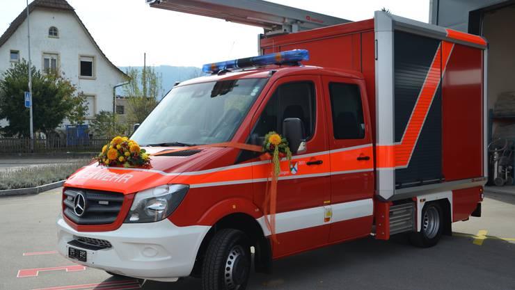 Das neue Fahrzeug der Feuerwehr Obergösgen wurde der Bevölkerung vorgestellt.