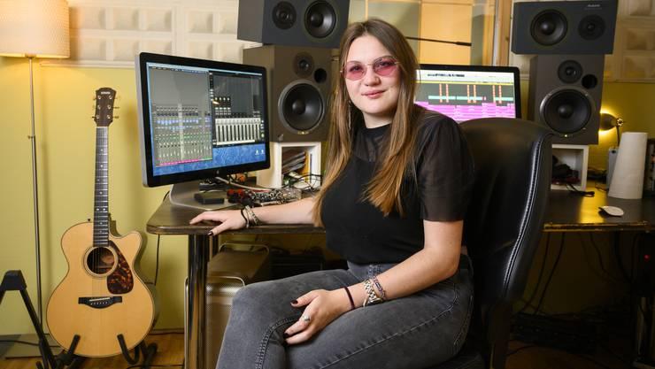 Nina Caruso war zum ersten Mal im Musikstudio. In ihren Songs verarbeitete sie einen schwierigen Lebensabschnitt.