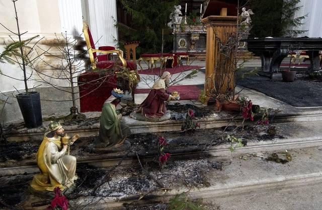 Der 61-jährige Andres Z. aus Olten legte am 4. Januar 2011 in  der St. Ursen-Kathedrale Feuer. Der Brand löste Reinigungsarbeiten für 3,5 und Restaurationsarbeiten für 4,5 Millionen Franken aus. Die Kirche wird erst im September 2012 wieder für die Öffentlichkeit zugänglich.