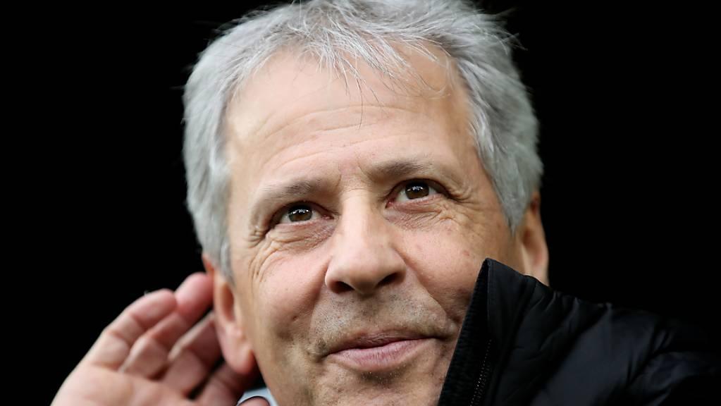 Lucien Favre hört, dass sich das Dortmunder Publikum begeistert