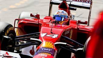 Fernando Alonso im Ferrari war im ersten Training der Schnellste.