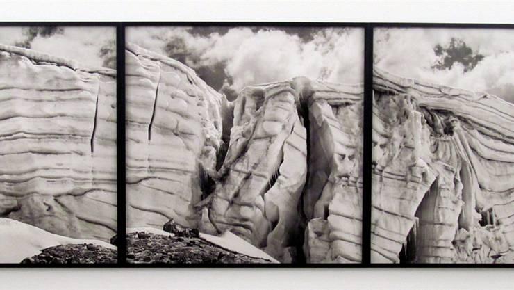 Beinahe malerisch wirkende Erosionsprozesse der Gletscher fotografiert Daniel Schwartz.