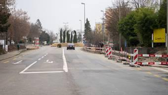 In den Gemeinden Oetwil, Geroldswil, Weiningen und Unterengstringen wird bis ins nächste Jahrzehnt die Hauptverkehrsachse saniert. Je nach Dorf heisst sie Limmattalstrasse, Badenerstrasse oder Zürcherstrasse.
