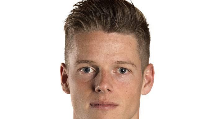 Jonas Omlin, Note: 4 Kann sich beim Debüt kaum auszeichnen, ist bei den Toren aber machtlos.