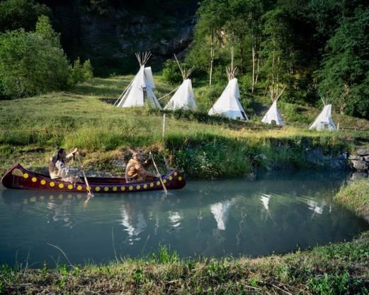 Auf dem Kanu gehts durch die Landschaft