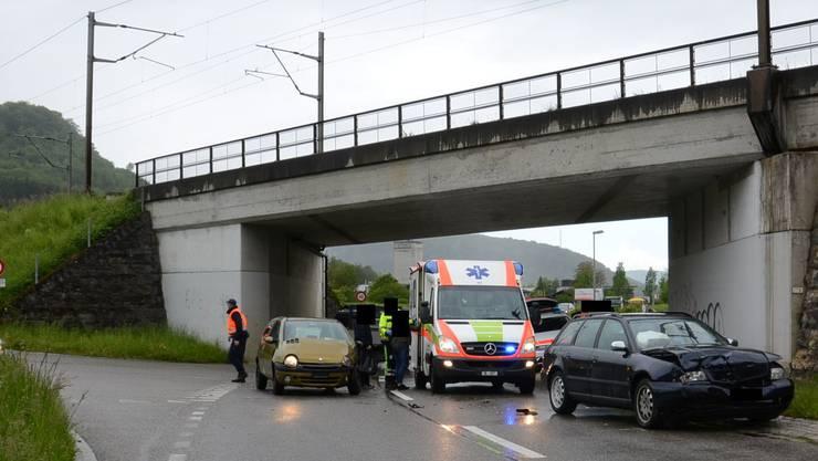 Der Unfall ereignete sich bei der Einfahrt von der Gehrenstrasse auf die Hauptstrasse.
