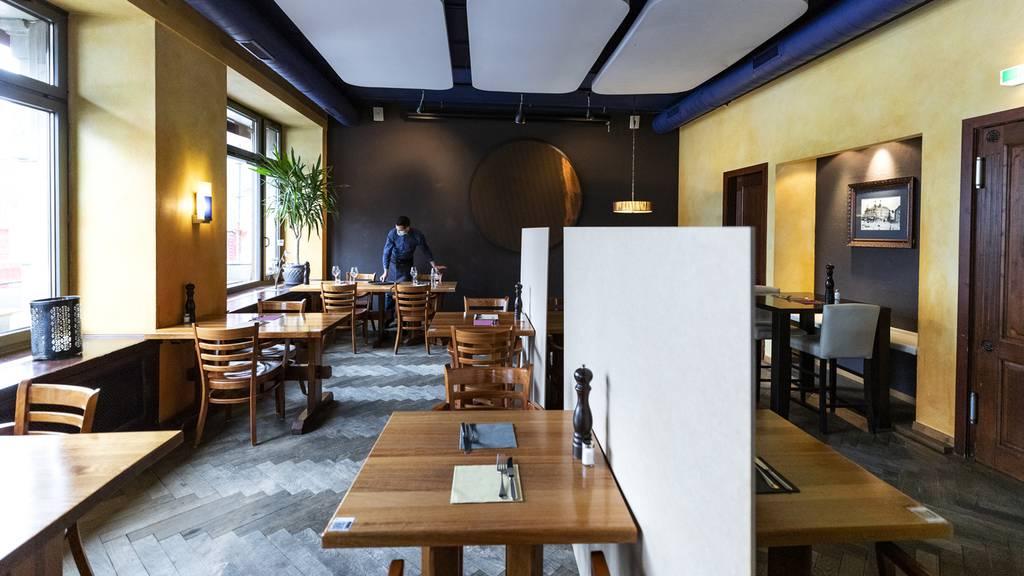 Bundesrat schliesst Restaurants - Skigebiete bleiben offen