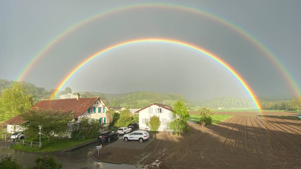 Märchenhafte Regenbögen verzaubern Aargauer Zuschauer