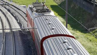 Ein Zug der Rhätischen Bahn ist entgleist. (Archiv)