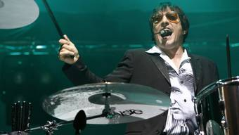 Bela B., Schlagzeuger der deutschen Punkband Die Ärzte, hält gestreamte Musik für seelenlos. Für ihn und seine Band zählt die Liebe zum Tonträger. (Archivbild)