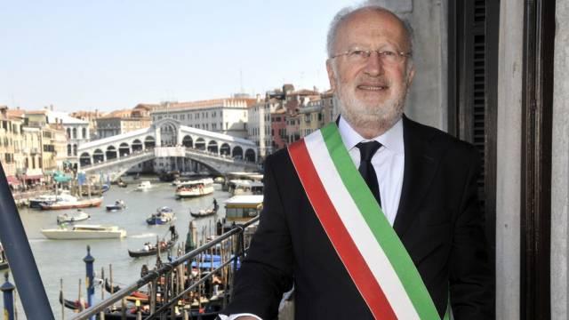Venedigs Bürgermeister Giorgio Orsoni ist unter Hausarrest (Archiv)