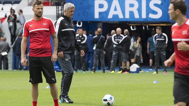 Die Schweizer Nati steht in Paris vor der nächsten grossen Aufgabe: Heute wartet Rumänien.