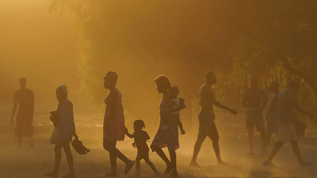 Brasilien prüft Aufnahme von aus den USA abgeschobenen Haitianern