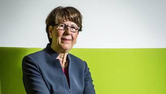 Post-Chefin Susanne Ruoff im Eingangsbereich des grosszügigen, neuen Hauptsitzes der Post in Bern Wankdorf.