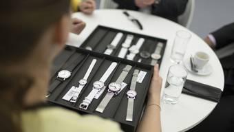 Vorsicht, wenn Teenager nach teuren Uhren fragen.
