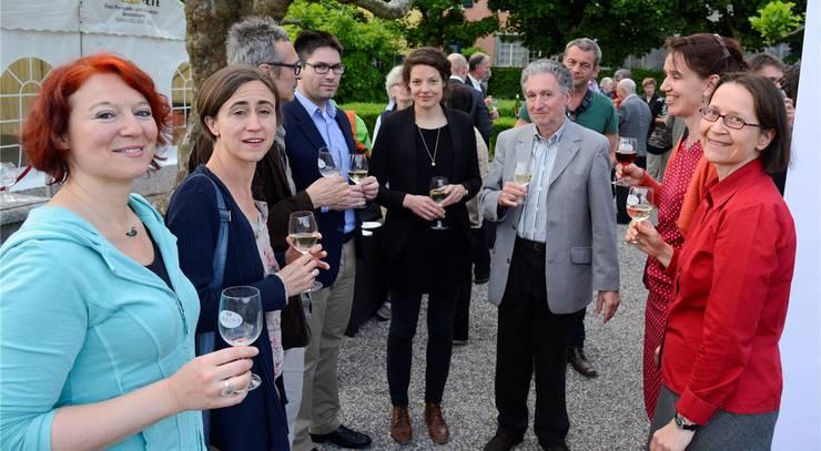 Die Arbeit ist getan. Die versammelte Programmkommission der Solothurner Literaturtage. In der Mitte Reina Gehrig, die Geschäftsleiterin.