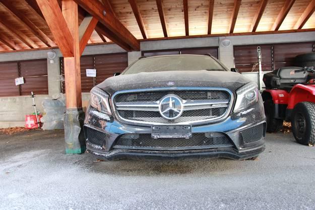 Roger Knox' AMG-Mercedes stand auch eineinhalb Jahre nach seiner Verhaftung noch in Finhaut VS.