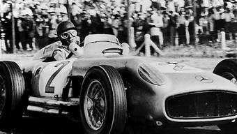 "Juan Manuel Fangio im Mercedes W196 ""Silberpfeil"" (Archiv)"