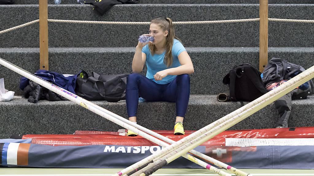 Pause für Angelica Moser: Die Hallen-Europameisterin im Stabhochsprung verletzt sich im Training am Oberschenkel