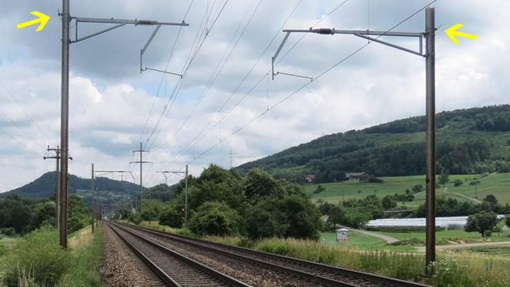 An der Bahn zwischen Zeiningen und Mumpf haben Diebe das Erdungskabel gekappt (Pfeil)