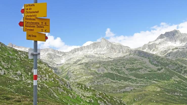 """Die """"Chumm und mach mit!"""" - Wanderwoche findet dieses Jahr in der wunderschönen Umgebung von Sedrun statt"""