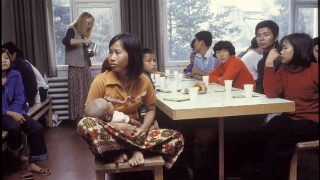 Die Schweiz engagierte sich spontan: Ankunft von Boatpeople aus Vietnam im Jahr 1979. Foto: RDB/Walthart