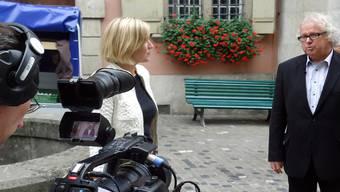Dreharbeiten für Film über vorbildliches NRP-Projekt mit Seetaltourismus-Präsident René Bossard in der Lenzburger Rathausgasse. tf