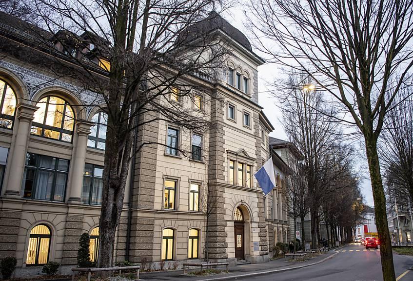 Das Luzerner Kantonsgericht gibt der öffentlichen Gesundheit gegenüber der Wirtschaftsfreiheit den Vorrang und stützt die vorübergehende Schliessung von Erotik- und Sexbetrieben. (Archivaufnahme)