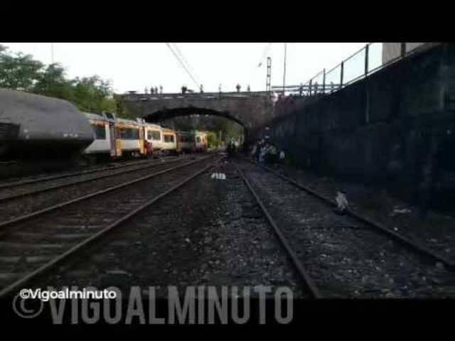 Zug entgleist - so sieht es am Unglücksort aus