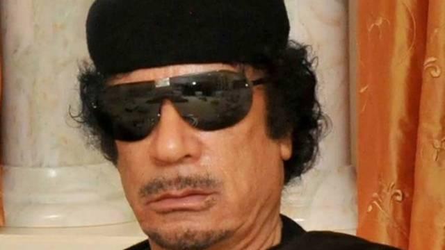 Gaddafi lehnt den Rücktritt weiterhin ab, wie er während der Schachpartie betonte (Archiv)