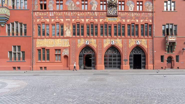 Im Rathaus tagen die die 100 Mitgliederinnen und Mitglieder des Grossen Rates, dem Kantonsparlament von Basel-Stadt.
