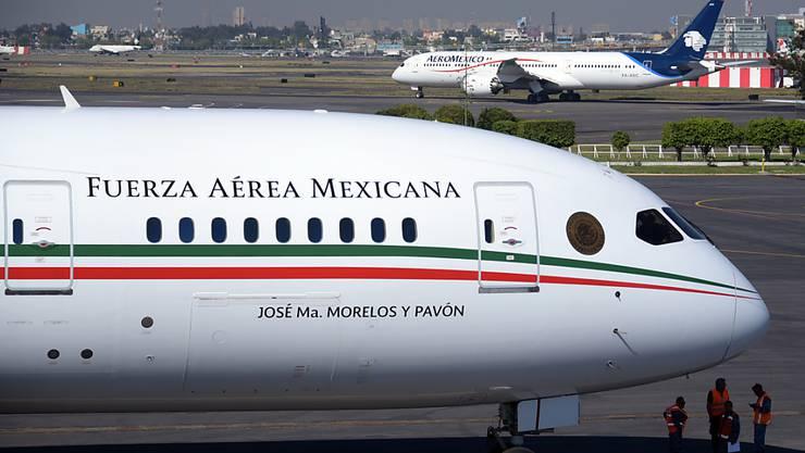 Der mexikanische Präsident Andrés Manuel López Obrador will auf das Präsidentenflugzeug verzichten.(Archivbild)