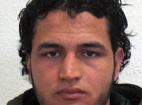 Anis Amri ist tot - er wurde bei einer Polizeikontrolle in Mailand angehalten. Bei einer folgenden Schiesserei wurde er erschossen.