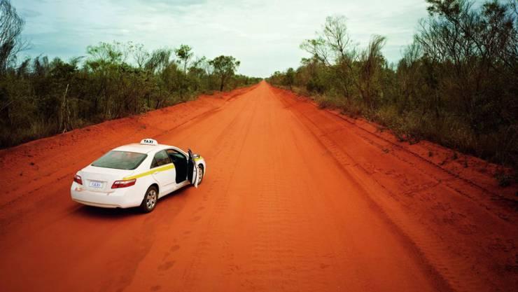 Bei einer Strolchenfahrt sind in Australien vier Kinder mit einem gekaperten Auto rund 1000 Kilometer gefahren. (Symbolbild)