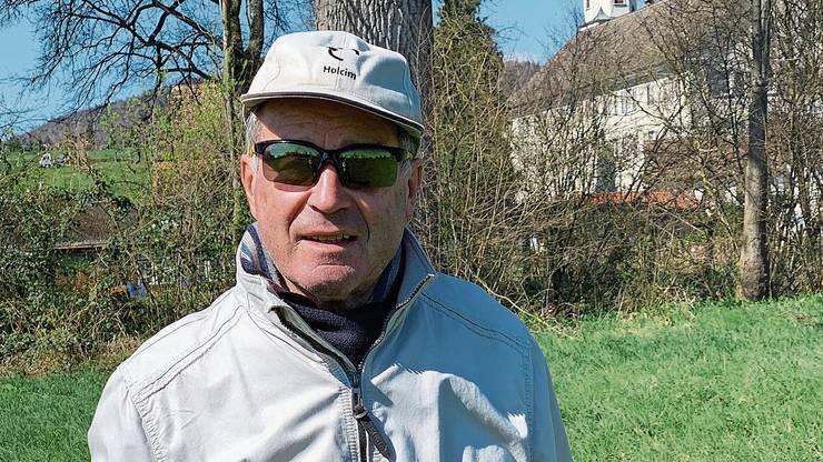Maximilian Reimann macht noch Ausflüge zu Fuss, wie hier um das Kloster Fahr.