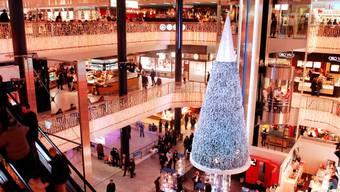 Weihnachtliches Einkaufszentrum Glatt in Wallisellen bei Zürich
