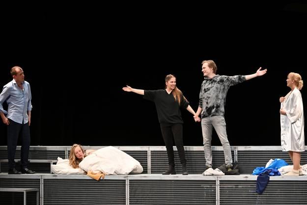 Stadttheater Olten - Komödie Wunschkinder von Lutz Hübner